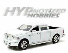 JADA 1:24 DODGE RAM 2014 1500 DIE-CAST WHITE 54039