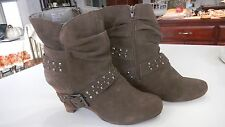 NAUGHTY MONKEY BROWN SUEDE BOOT HT 8.5 IN BUCKLE STUDDED SZ 8 HEEL 3 1/2 IN