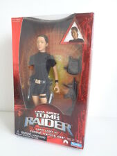 TOMB RAIDER ACTION FIGURE - LARA CROFT IN COMBAT TRAINING GEAR - MINT SEALED BOX