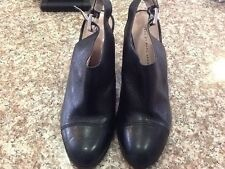 Marc By Marc Jacobs WOMEN SHOES ALL LEATHER MINT Condition