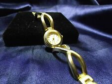 Woman's Persona Watch with Brushed Goldtone Band **Nice** B10-563
