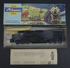 HO SCALE ATHEARN SD40-2 POWERED CHASSIS w/  Undecorated Shell - UNUSED