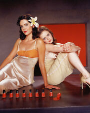 Lauren Graham & Alexis Bledel (29553) 8x10 Photo