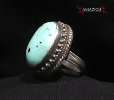 Fine Large Ring - Silver and Turquoise - Tibet