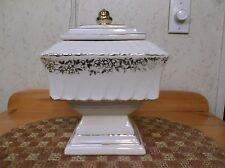 Beautiful MINT condition Mccoy Wedding Jar cookie jar lots of pictures