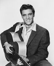 Elvis Presley UNSIGNED photo - E20 - King Creole