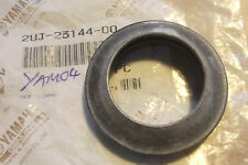 YAMAHA XV250 VIRAGO   CP250   GENUINE NOS FORK SEAL DUST COVER - # 2UJ-23144-00