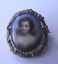 ANTIQUE CHERUB ANGEL HANDPAINTED PORCELAIN FRIENDSHIP IVY LEAF BROOCH PIN