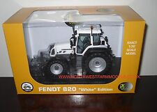 "UH4035 UNIVERSAL HOBBIES 1/32 SCALE FENDT 820 VARIO ""WHITE"" MODEL TRACTOR (MIB)"