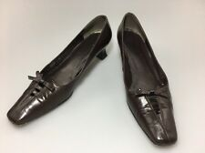 Stuart Weitzman Low Heel Pumps Size 7.5 N Brown With Bow Wear To Work
