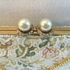 VTG 1950's Jolles Cream White seed Beaded Evening Bag Hand Made Gold Chain Pearl