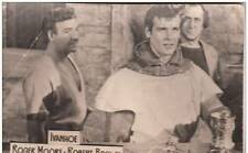 B36513 Acteurs Actors Roger Moore & Robert Brown in Ivanhoe 9x6 cm