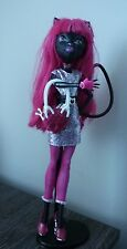 MONSTER HIGH DOLL Catty Noir Scaremester Great Condition