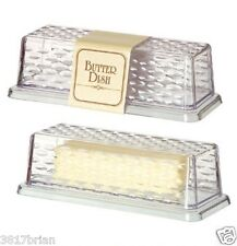 """(BRAND NEW)  BUTTER DISH,SERVING TRAY,COVERED DISH,CLEAR PLASTIC,BEAUTIFUL"""""""