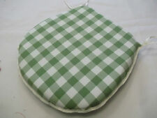 GINGHAM  GREEN  D SHAPE ZIP OFF  SEAT PADS SUITABLE  FOR KITCHEN/DINING ROOM