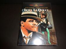 IRMA LA DOUCE-JACK LEMMON plays two people, SHIRLEY MacLAINE falls for wrong one