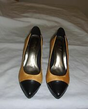 AILY.V YELLOW & GRAY LEATHER SOLE PATENT TOE AND HEEL PUMPS SIZE 35 (USA 6) NEW
