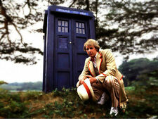 Peter Davison UNSIGNED photo - 1884 - Doctor Who