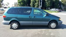 Toyota: Sienna 5dr LE
