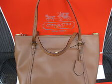 NWT AUTHENTIC Coach Women's Peyton Leather Pocket Tote Handbag F25667-B4/SD