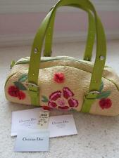 NEW CHRISTIAN DIOR LIMITED EDITION FLORAL EMBROIDERY GREEN STRAW PURSE HANDBAG.