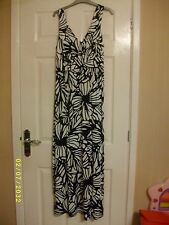 Ladies Black and White Maxi Dress Size 12 from Moda