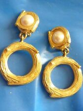 Givenchy Paris signed clip on earrings goldtone dangling shape 10 mm pearls