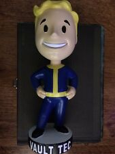 Fallout : Vault Tec Pip Boy Bobble Head Figure Toy 7 Inch Hands On Hips (3 & 4)