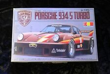 Gunze Sangyo Porsche 934S Turbo kit in 1/24 Scale