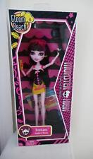 Monster High Doll Draculaura Gloom Beach FACTORY SEALED 2010 MINT Beauty!