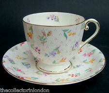 1930's Royal Worcester Lady Margaret Z1492 Pattern Tea Cup & Saucer - Cup Crazed