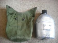 POST WW2 US JUNGLE  VIETNAM   WATER BOTTLE AND MESS TIN  NOT DATED ????