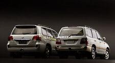 1/18 Toyota Land Cruiser LC100 + LC200 7 Seats White Dubai Desert Safari Combo
