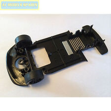 W10211 Scalextric Spare Underpan & Front Wheels Corvette C6R