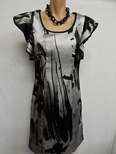 REVIEW, AUST MADE SIZE 10 LOVELY SILVERY GREY,BLACK, STRIKING PATTERNED DRESS,RA