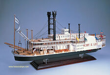"Beautiful, brand new Amati model ship kit: the ""Robert E. Lee"" steam boat"