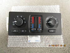 03 - 04 CHEVY SUBURBAN A/C HEATER CLIMATE TEMPERATURE CONTROL OEM NEW 21997352