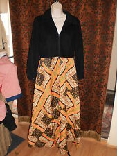 Evelyn Pearson,stunning vintage,soft black w/orange quilted bottom house coat,M