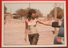 JAMES BOND - Quantum of Solace - Card #087 - Bond & Camille Kiss Goodbye