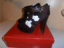GUESS SHOES  BROWNS COLOR SIZE 6.0 NICE & CHEAP!!