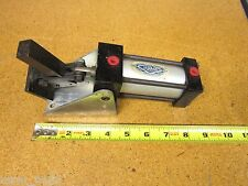 DESTACO 810160 Pneumatic Clamping Cylinder USED