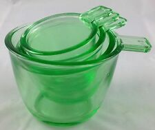 Light Green Apple Glass 4 Pc Measuring Cup Kitchen Ware Measurers Set Cups & Ozs