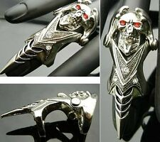 TF215 Red Eye Long Tongue Skull EMO Punk Gothic Biker Armor Claw Ring