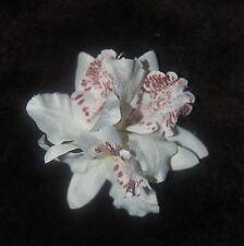 WEDDING 1940's PINUP STYLE TROPICAL ROCKABILLY TRIPLE WHITE ORCHIDS HAIRCLIP