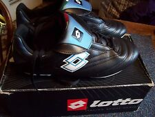 NEW/BOXED/LOTTO/FOOTBALL BOOTS/SIZE 7