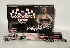Dale Earnhardt #3 Chevy Dually Truck Show Trailer Action 1:64 GOODWRENCH SILVER