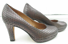 CLARKS SIZE 3 1/2 E FITTING PEWTER LEATHER SOFTWEAR  COURT HEELS WIDE FIT