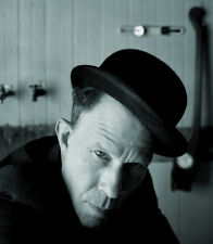 Tom Waits UNSIGNED photo - E298 - American singer-songwriter, composer and actor