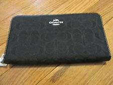 COACH Outline Signature Accordion Zip Wallet in Black - NWT F54633