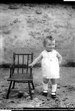 Portrait jeune enfant bébé - ancien négatif photo verre an. 1930 40